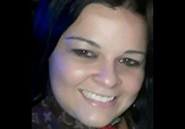 Mulher morre após moto colidir frontalmente com caminhonete na GO-222, em Nova Veneza