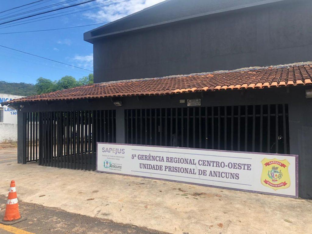 Juiz determina retirada de presos de Anicuns não condenados na comarca