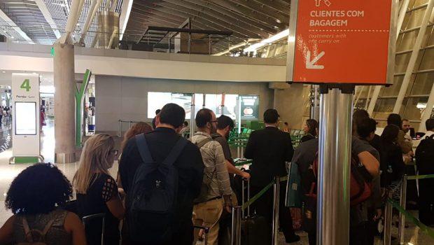 Cobrança de bagagem muda hábitos de viagem de brasileiros