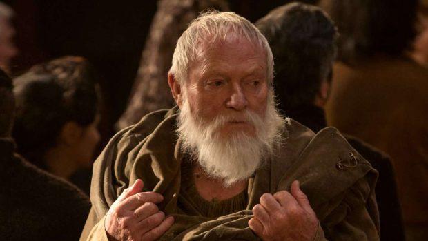 Ator pediu para morrer em 'Game of Thrones' por estar 'entediado' com personagem