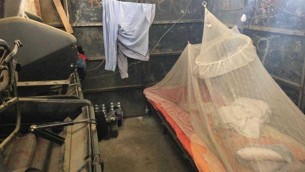 Força-tarefa resgata dez venezuelanos 'escravizados' em oficina na Bahia