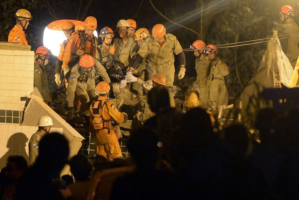 Corpo de última vítima é encontrado pelos bombeiros em Muzema