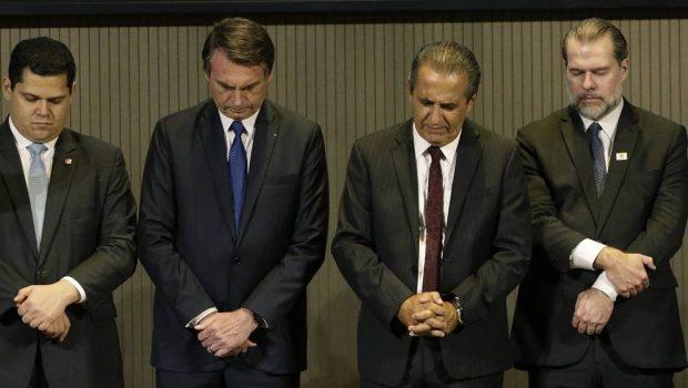 Bolsonaro diz que Brasil passou a votar na ONU seguindo a Bíblia
