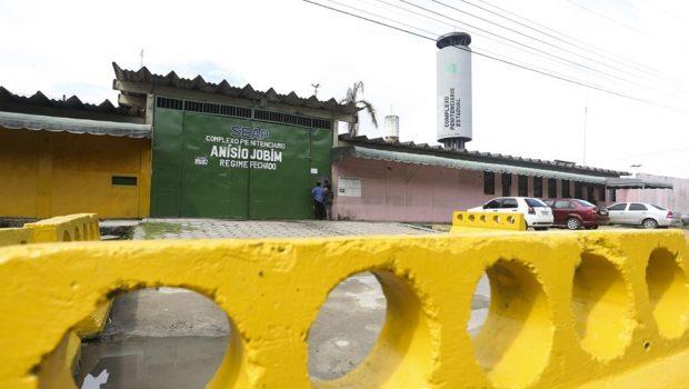 Após 15 assassinatos, mais detentos são achados mortos em presídios de Manaus