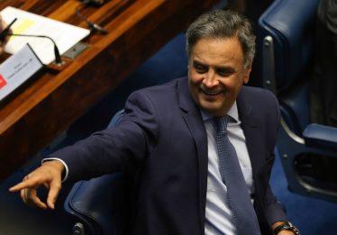 Código de ética do PSDB isenta Aécio Neves de punição imediata