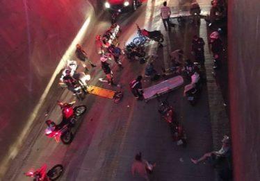 Acidente envolvendo 9 motocicletas deixa feridos na Avenida Castelo Branco, em Goiânia