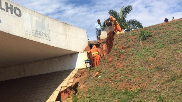 Goinfra inicia reparos para conter erosão no viaduto da GO-070