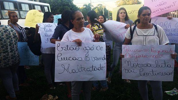 Parentes de detentos protestam contra maus-tratos no Complexo Prisional de Aparecida