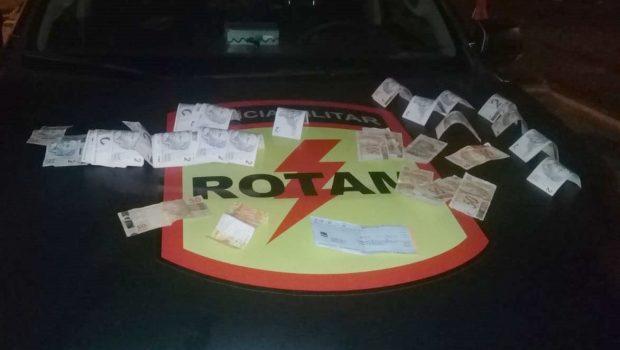Motorista de aplicativo é preso por repassar cédulas falsas a clientes, em Goiânia