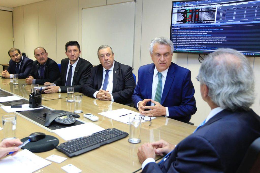 Sem liberação de recursos do PEF, Caiado propõe empréstimo no FCO