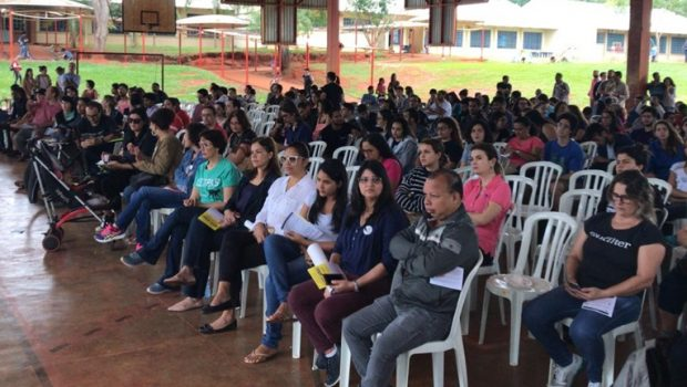 Em Goiás, 40 municípios aderem greve nacional contra previdência e cortes na Educação