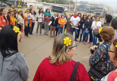 Ato em solidariedade às vítimas do médium João de Deus é realizado em Abadiânia
