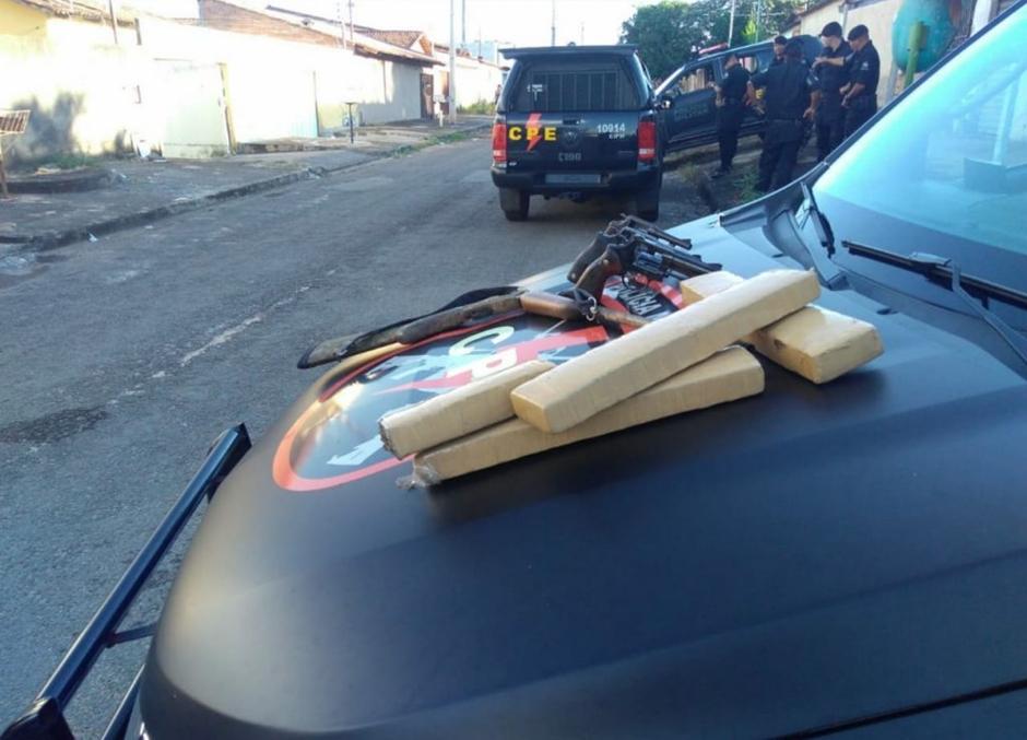 Três homens morrem em confronto com a polícia no Setor Garavelo, em Aparecida de Goiânia