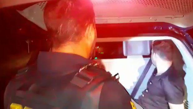 Em fuga, comerciante colide contra viatura da PRF e acaba preso em Rio Verde