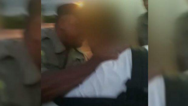 Estudante se desentende com policial militar e é agredido em porta de escola, em Trindade