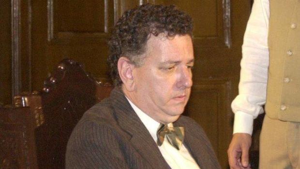 Morre Fernando Petelinkar, ex-ator da Globo e assistente de 'Sai de Baixo'