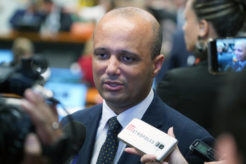 Líder na Câmara diz que governo vai batalhar para manter essência de reforma da Previdência