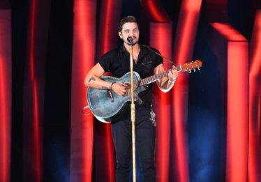 Luan Santana diz estar por fora de repercussão de 'Juntos', mas que achou 'massa'