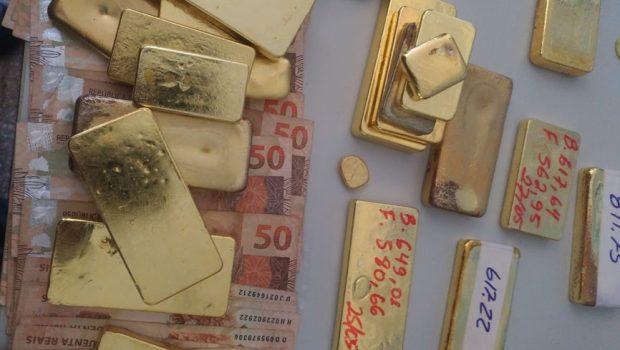 Polícia Federal apreende aeronave que transportava ouro e dinheiro, em Aragarças