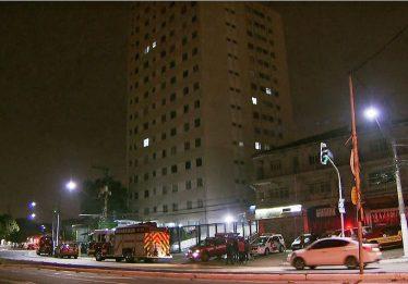 Mulher joga criança do 5º andar de um prédio na zona oeste de SP, diz polícia