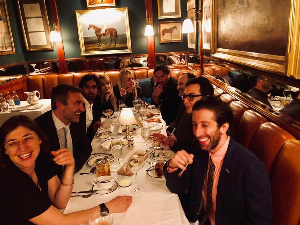 Elenco de 'The Big Bang Theory' se reúne em jantar antes do último episódio