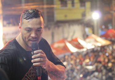 Belo é acusado de estelionato e prestará depoimento nesta terça-feira, diz site