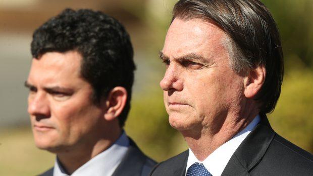 Bolsonaro muda agenda e recebe Moro após vazamento de mensagens com Deltan