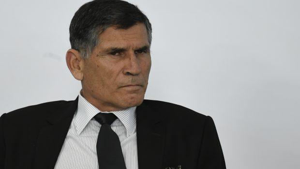 Demitido, general divulga carta e deseja sucesso a 'Bolsonaro e seus familiares'