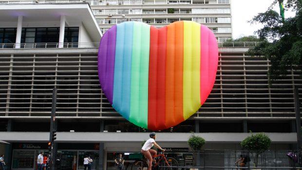Política e memória dão tom à Parada LGBT neste domingo