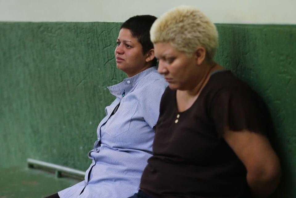Presas mãe e companheira suspeitas de esfaquear e esquartejar filho de 9 anos no DF