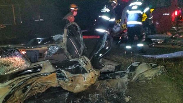 Acidente deixa uma pessoa morta e outra ferida na GO-060, em Trindade