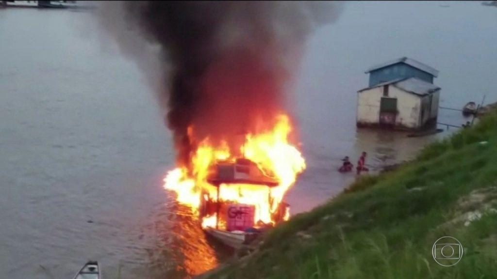 Morre segunda vítima de explosão em barco no Acre