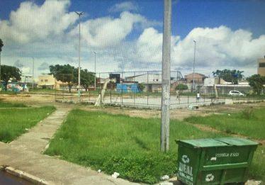 Menor morre após ser baleado na cabeça em quadra de esportes, em Planaltina