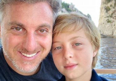 Filho de Luciano Huck deixa hospital e será reavaliado nos próximos dias