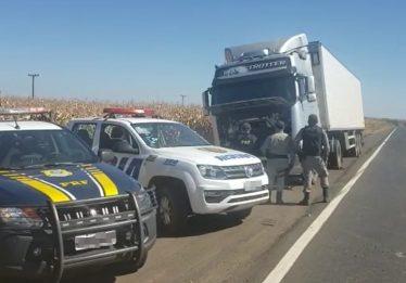 Em Jataí, polícia recupera carreta com carne bovina avaliada em R$ 500 mil