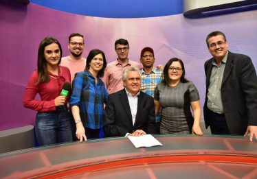 Caiado anuncia instalação de 17 policlínicas no Estado
