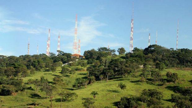TJ determina que prefeitura de Goiânia desocupe e recupere o Morro do Mendanha