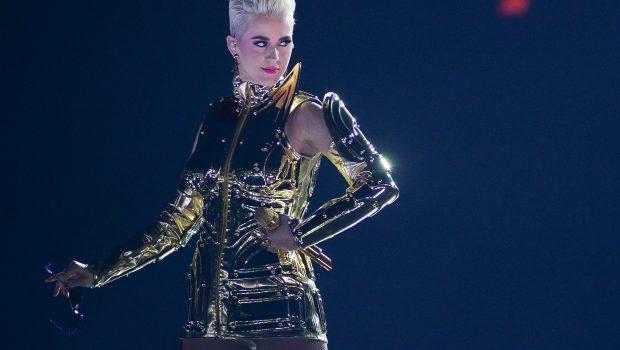 Katy Perry fará show no Brasil em 2020, diz jornalista