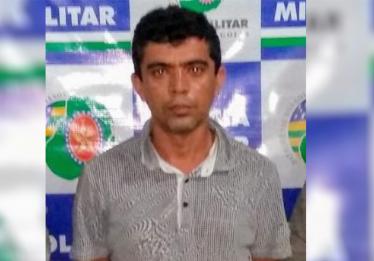Homem é preso suspeito de agredir a esposa e decapitar dois filhotes cachorro em Goiânia