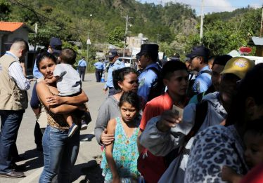 Trump suspende tarifas após acordo com México para conter migração