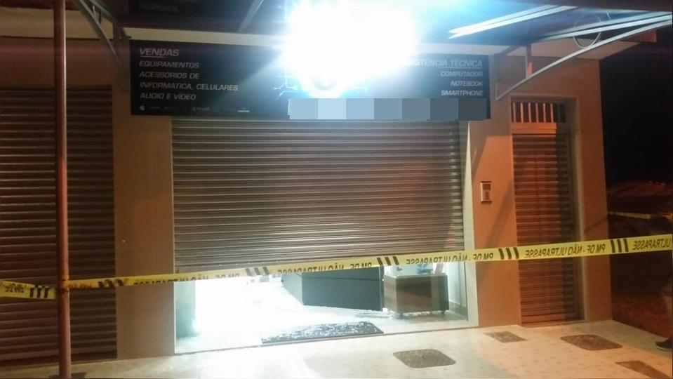 Comerciante reage à tentativa de assalto e atira em suspeitos, no DF