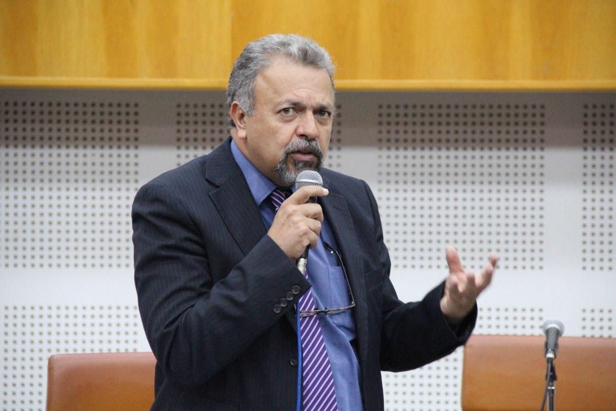 Projeto prevê empréstimo compulsório de bilionários para subsistência de mais vulneráveis
