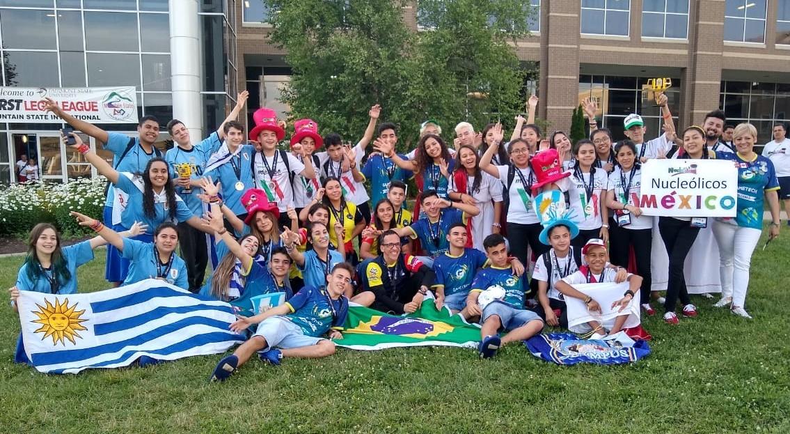 Outras duas equipes do Brasil participaram do torneio: Uma de Brasília e uma de santa Catarina (Foto: Divulgação)
