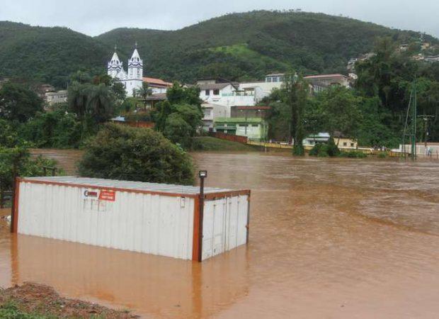 Resultado de imagem para fortes chuvas que atingem Minas Gerais