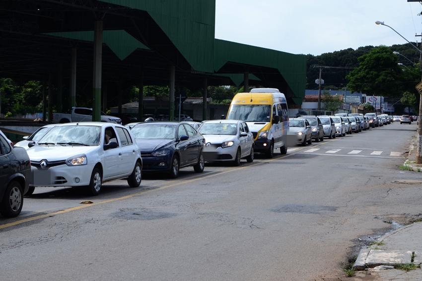Situação do trânsito em Goiânia após desvios causados por obras nas proximidades