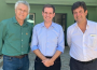 Governador Ronaldo Caiado; presidente da Assembleia. Lissauer Vieira; ministro Luiz Henrique Mandetta (Foto: Divulgação)