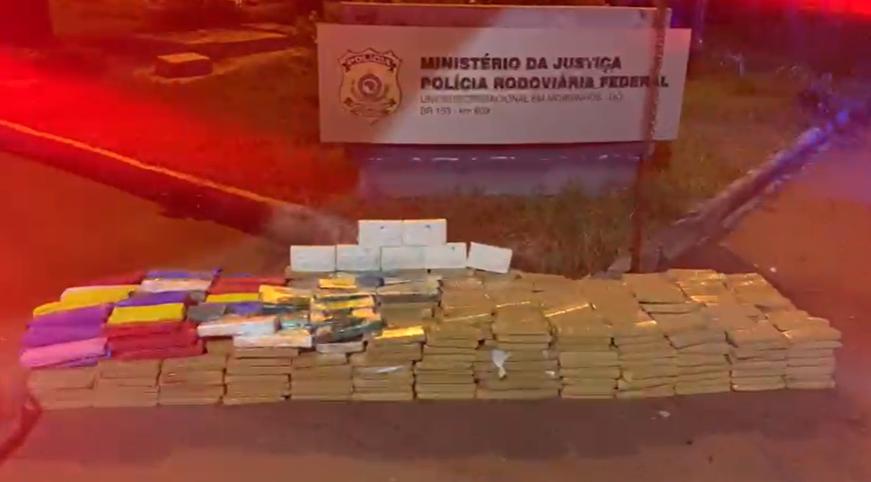 Droga avaliada em R$ 1 milhão é apreendida na BR-153, em Morrinhos