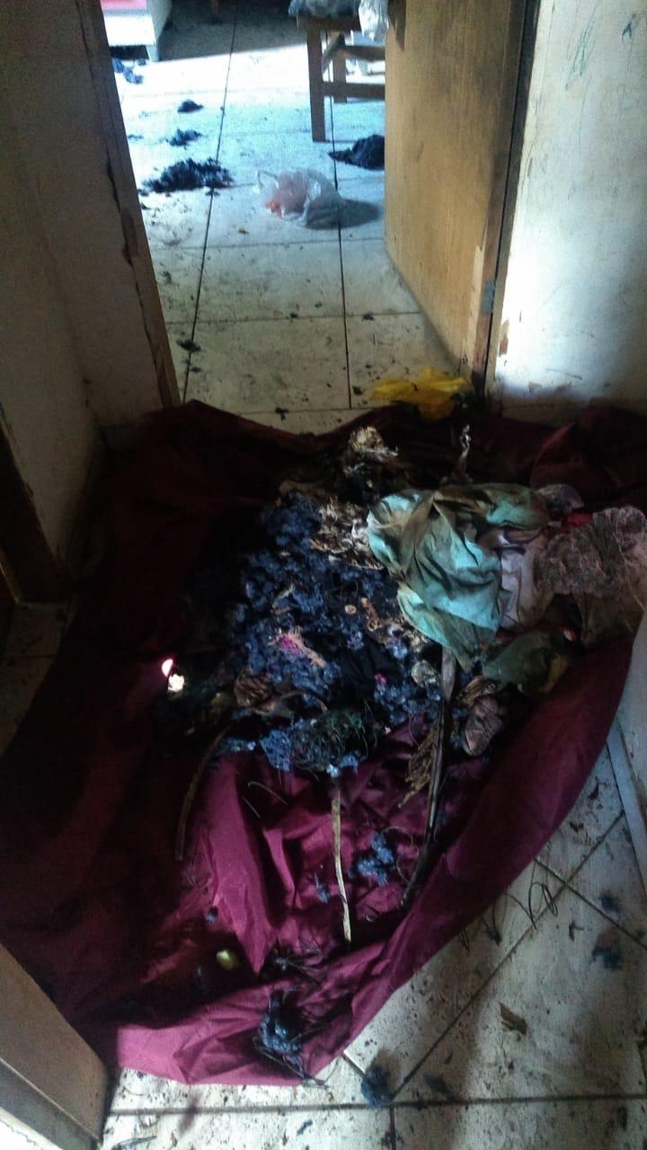Policiais salvam crianças de casa incendiada no Setor Vale dos Sonhos, em Goiânia