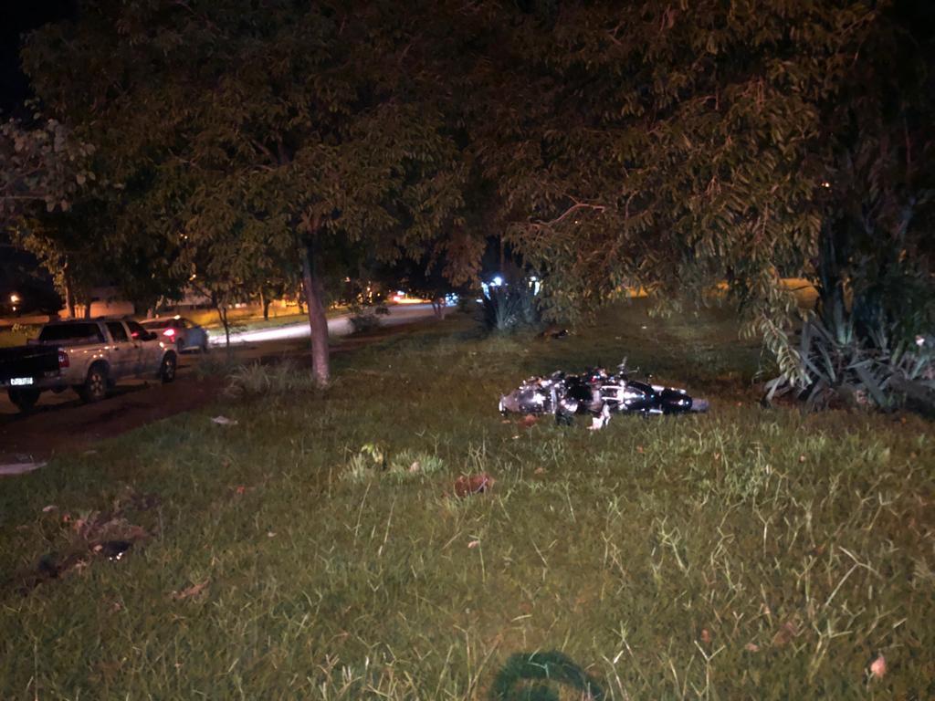Motociclista morre ao tentar desviar de buraco e perde o controle no Setor Faiçalville