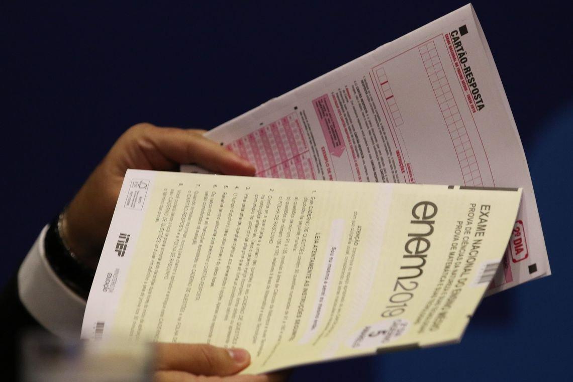 As provas do Enem estão marcadas para 17 e 24 de janeiro do ano que vem na versão impressa e 31 de janeiro e 7 de fevereiro na versão digital (Foto: Fabio Rodrigues Pozzebom / Agência Brasil)
